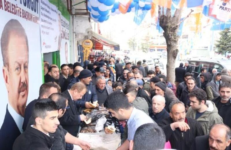 Özhaseki'nin Kılıçdaroğlu'ndan kazandığı tazminatla Haymana'da döner dağıtıldı