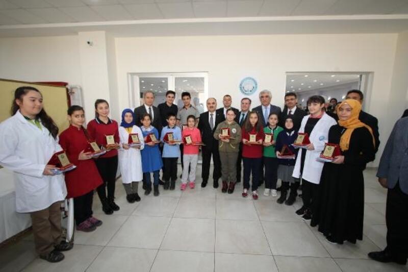Hacılar 2. Bilim sergisi açıldı
