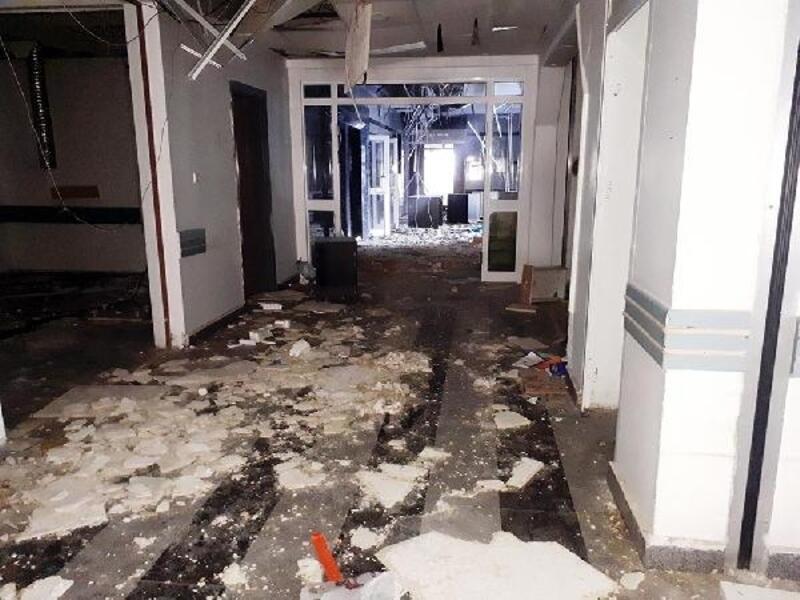 Devlet hastanesinin terk edilen eski binaları harabeye döndü