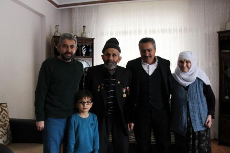 Başkan Tutal, Kore Gazisi ve eşini ziyaret etti