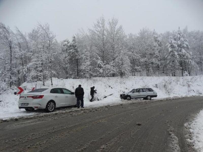 Domaniç'te kar ulaşımı olumsuz etkiliyor
