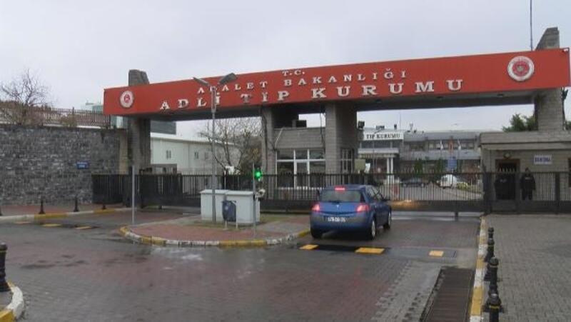 Bakırköy'de 'yarış' kazasında ölen genç kızın cenazesi Adli Tıptan kurumundan alındı