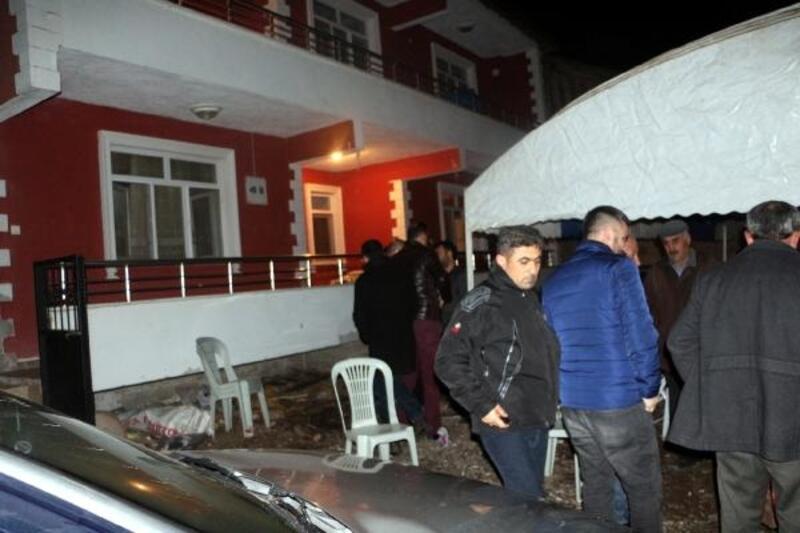 Ampute Futbol Milli Takımı kaptanı Çakmak'ın sobadan zehirlenen annesi öldü, babası yoğun bakımda