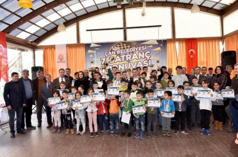 Çan Belediyesi 7'nci Satranç Turnuvasında ödüller sahiplerini buldu