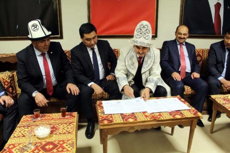 Tosya Belediyesi, Kırgızistan Tokmak şehri ile 'kardeş belediye' oldu