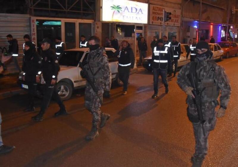 Bursa'da yılbaşı öncesi 300 polisle 'huzur' uygulaması