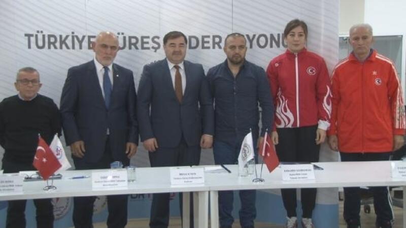 Güreş Federasyonu'nun 2018 yılı değerlendirme toplantısı yapıldı