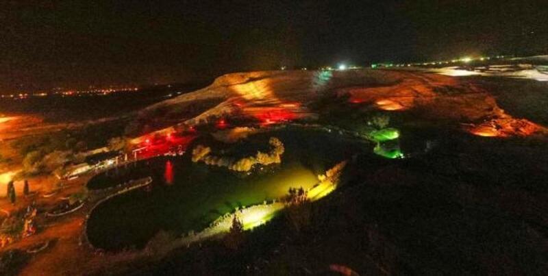 Beyaz cennet Pamukkale, geceleri de gezilebilecek