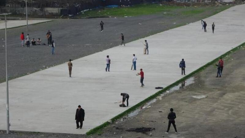 Pakistanlılar ve Afganların kriket keyfi