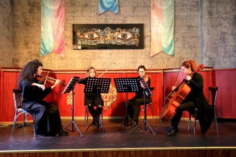 Masal Şatosu'nda Dolce Kuartet konseri