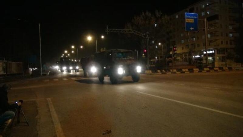 Kilis'ten Suriye'ye sevkıyat, sabaha kadar devam etti