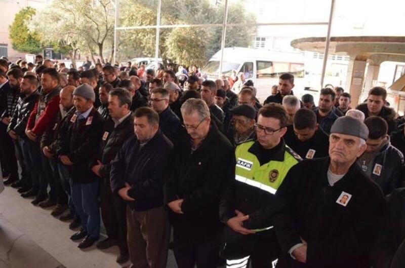 Kalp krizinden ölen polis memuru, törenle uğurlandı (2)