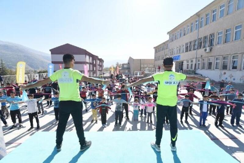 Spor A.Ş 75 farklı okulda etkinlik yaptı