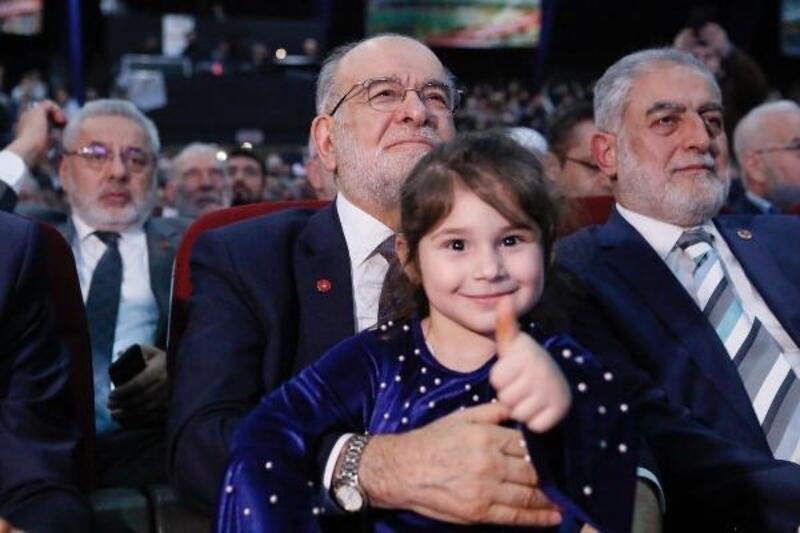 Karamollaoğlu partisinin aday tanıtım programına katıldı