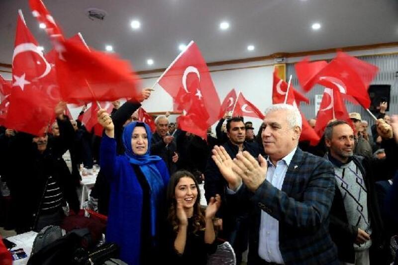 Başkan Mustafa Bozbey Yenişehir'de gövde gösterisi yaptı