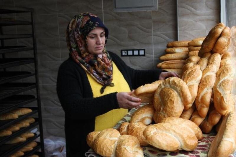 Ergani'de 10 erkeğe karşı yarışan kadın muhtar adayı ilgi görüyor