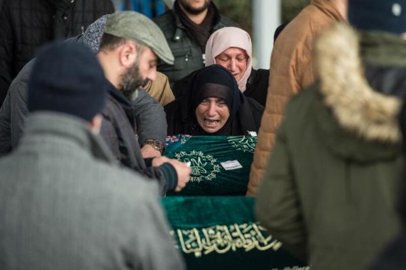 Kartal'da çöken binada enkaz altında kalan Alemdar Ailesi son yolculuğuna uğurlanıyor