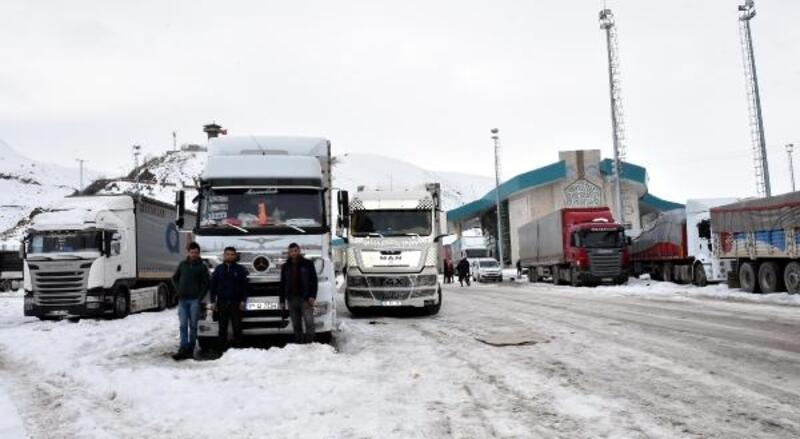 İran'a geçecek TIR'lara kota engeli
