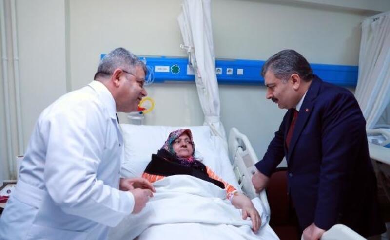 Fotoğraf Ek//Sağlık Bakanı Koca: Hayatını kaybeden vatandaşımız 15 oldu