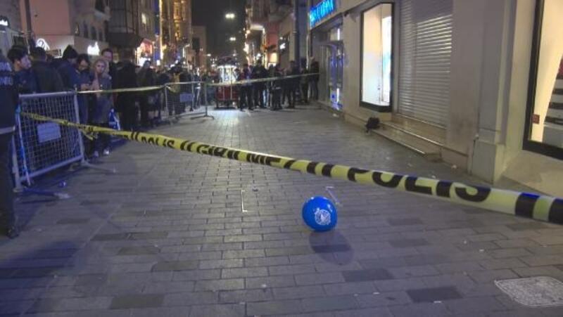 İstiklal Caddesi'nde şüpheli çanta fünye ile patlatıldı