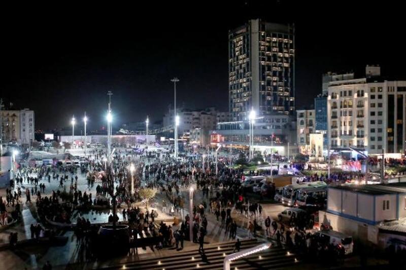 İstanbul Valisi'nden Taksim'de inceleme ve açıklama