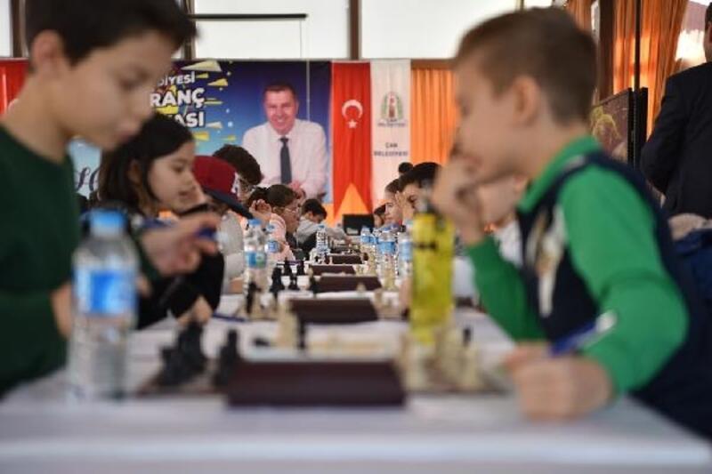Çan Belediyesi 7'nci Satranç Turnuvası heyecanı başlıyor