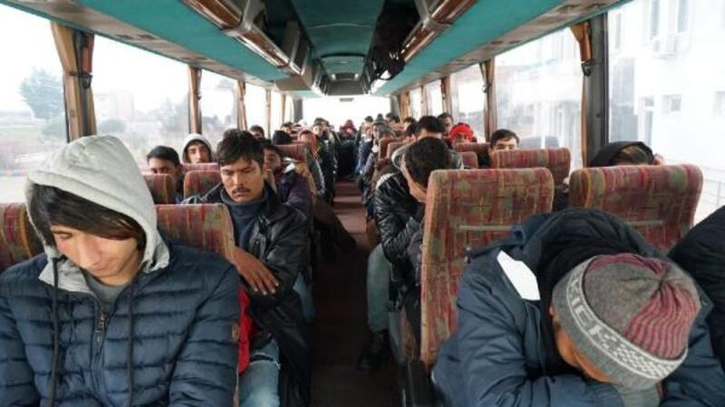 Tekirdağ'da 42 göçmen yakalandı; 2 insan kaçakçısı tutuklandı