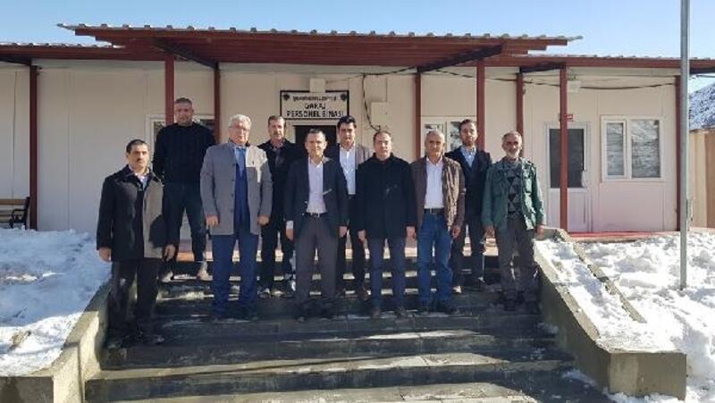 Şemdinli Belediyesi, itfaiye araç garajını hizmete açtı