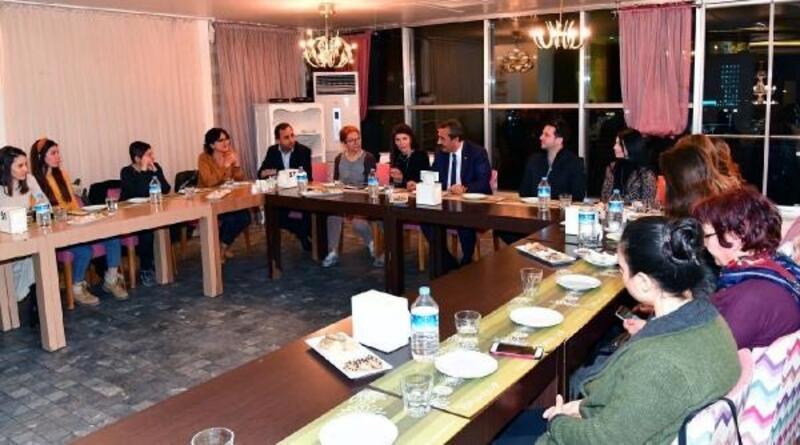 Çetin: Çukurova'da hayvanların koşulları iyileştirilecek