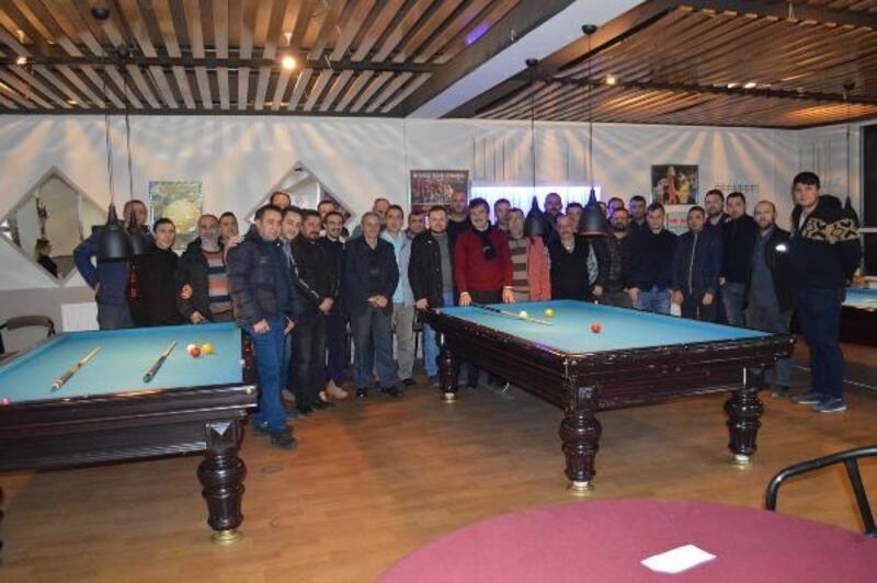 Bilardo severler Yenişehir'de buluştu