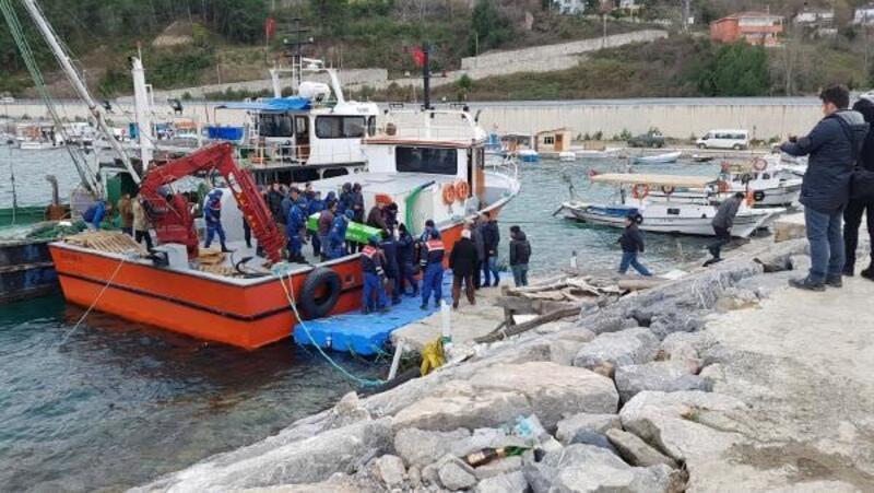 Sinop açıklarında balıkçı teknesi battı: 1 ölü, 1 kayıp, 2 kişi kurtarıldı