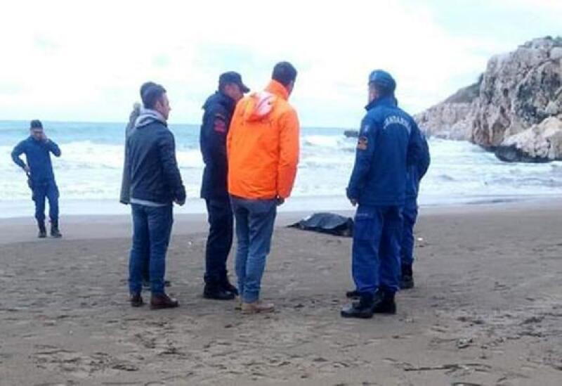 Erdemli'de tekne alabora oldu: 1 ölü