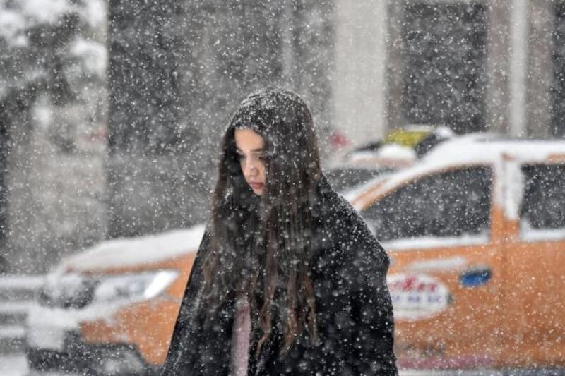 Konya, Karaman ve Aksaray'da yoğun kar