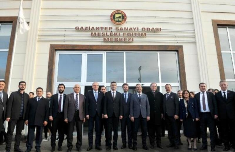 Bakan Kasapoğlu'ndan GSO-MEM'e övgü