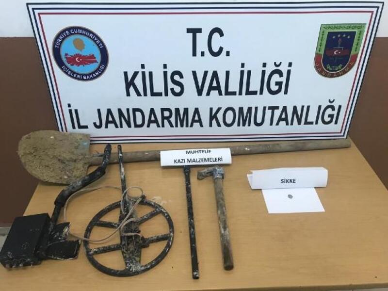 Kilis'te kaçak kazı yapan 3 kişi gözaltına alındı