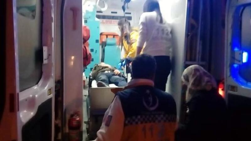 Adana'da otomobil ile çarpışan motosikletin sürücüsü yaralandı