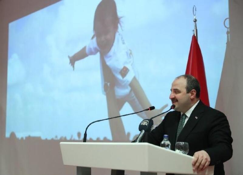 Bakan Varank: Ülkemize gelecek üst düzey araştırmacılara çok cazip teşvikler sunuyoruz