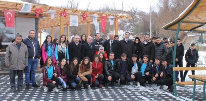 KAYÜ Rektörü Karamustafa'dan Özvatan Belediyesine ziyaret