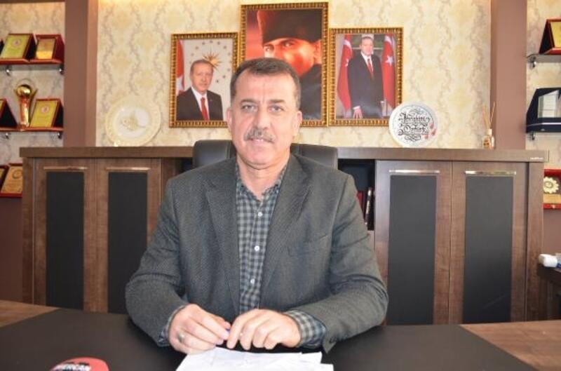 Besni Belediye Başkanı, AK Parti'den istifa etti