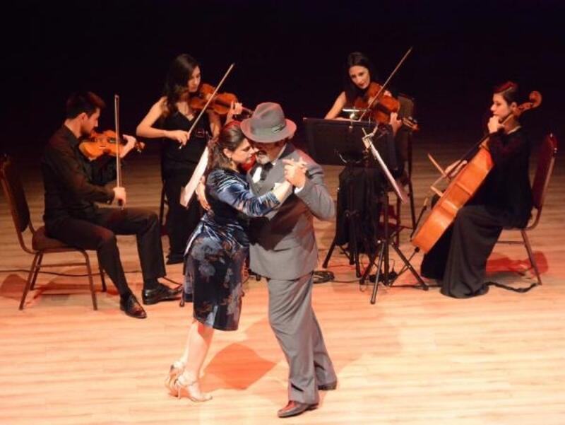 Dans eşliğinde oda müziği keyfi