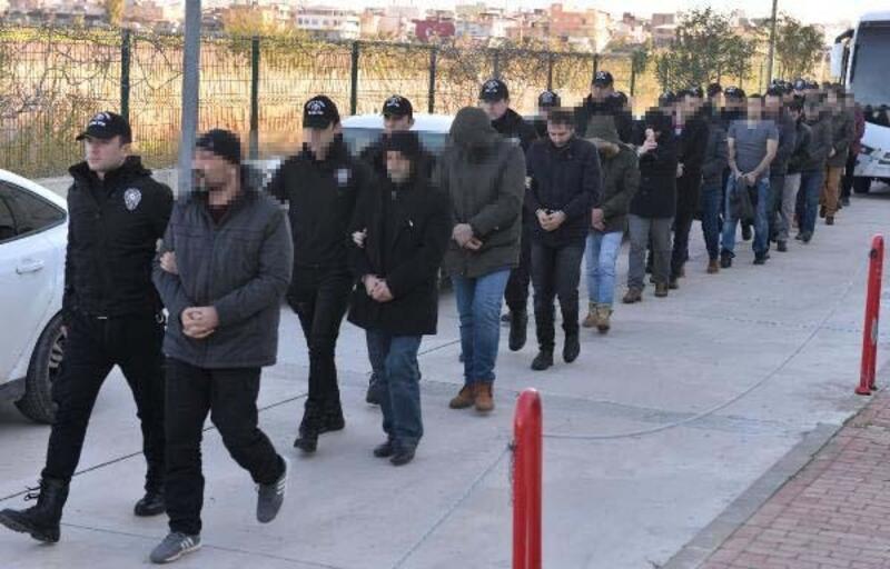 Adana merkezli FETÖ operasyonunda 38 asker adliyede