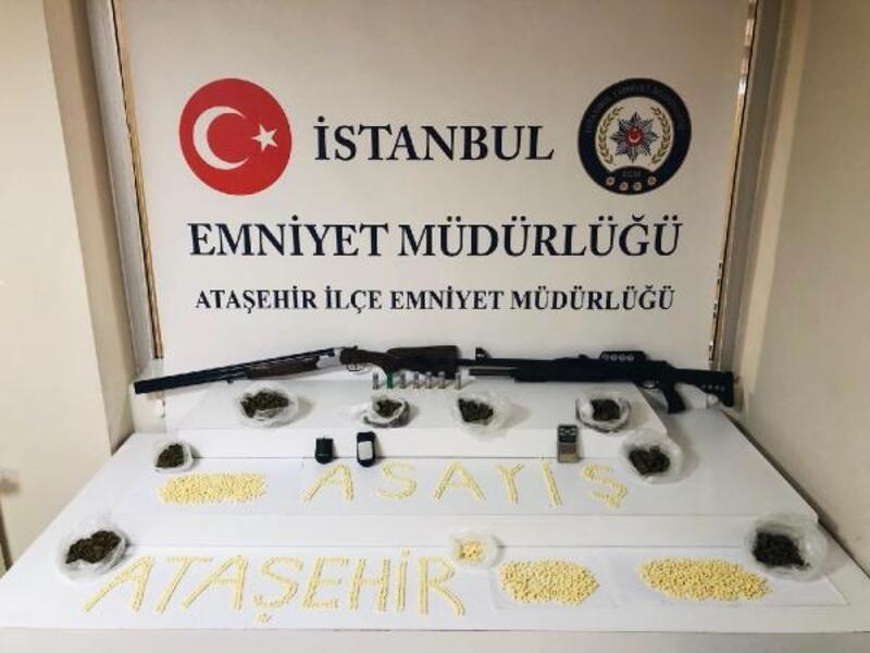 Ataşehir'de uyuşturucu operasyonu: 2 gözaltı