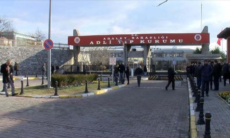Bayrampaşa'da ölen 3 gencin cenazesi Adli Tıp Kurumu'ndan alındı