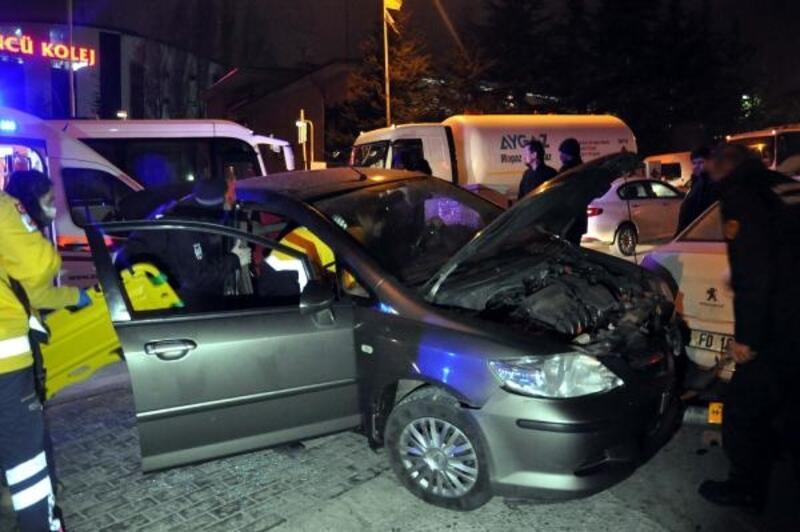 Ankara'da 2 ayrı kaza: 2 yaralı