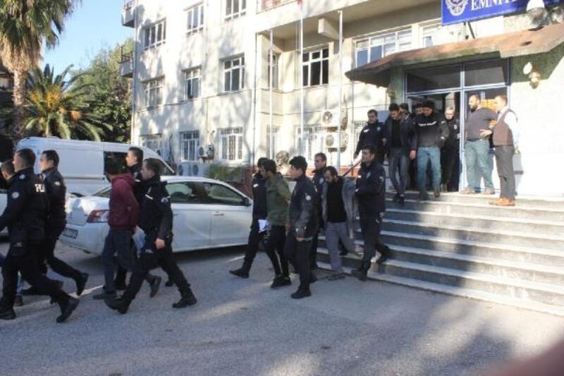 Uyuşturucu operasyonunda 22 kişi tutuklandı