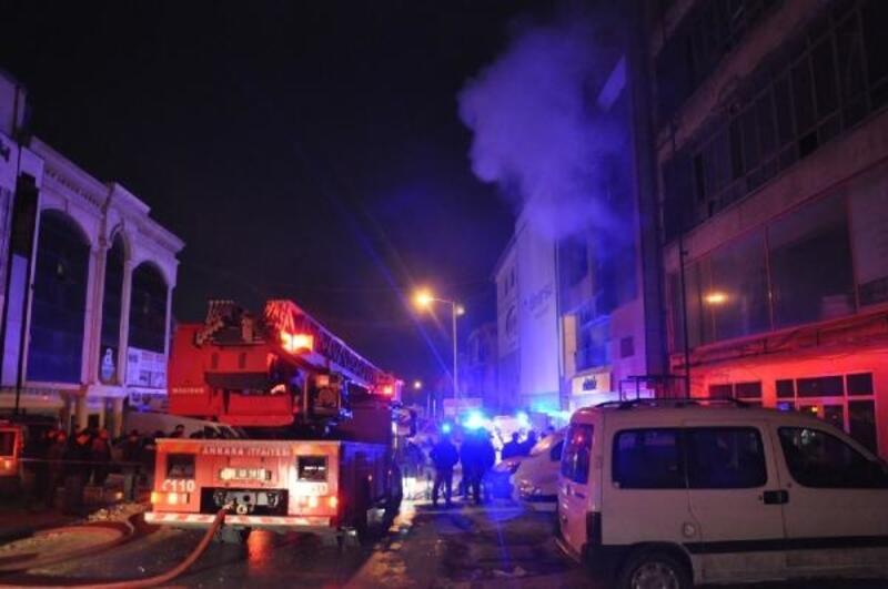 Ankara'da mobilya fabrikasında yangın: 5 ölü, 5 yaralı