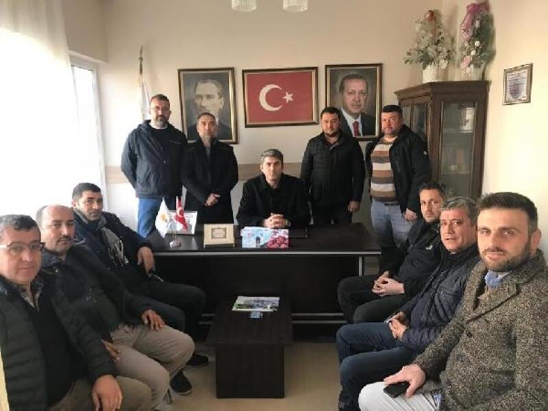 Burhaniye'de AK Parti ilçe yönetimi istifa etti