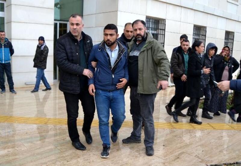 İnsan kaçakçıları, sınırdan geçirdikleri DEAŞ'lı ile yakalandı