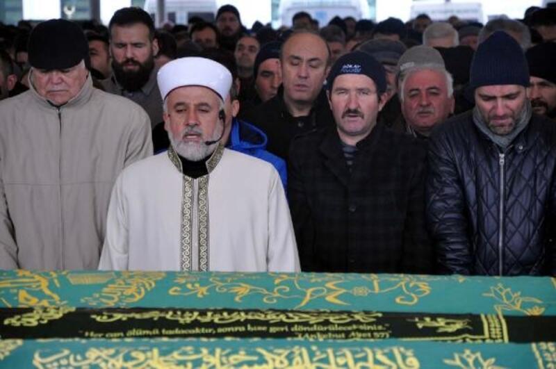 Ankara'da öldürülen kuyumcu toprağa verildi