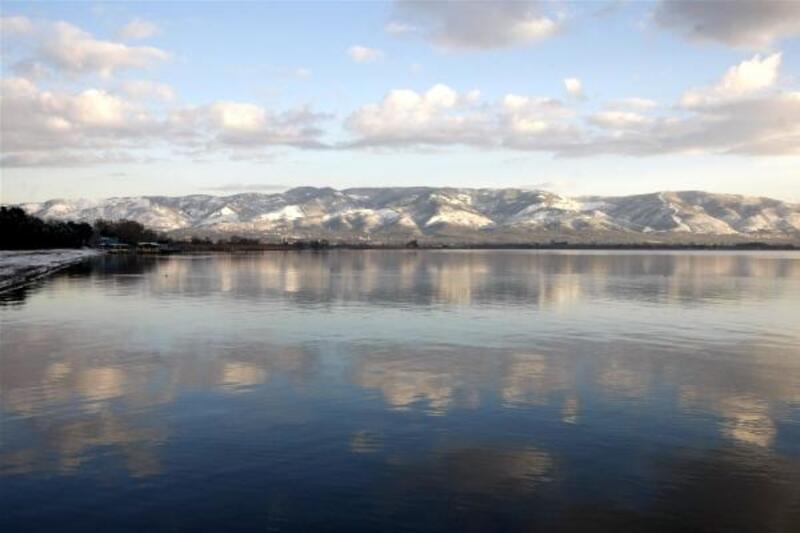 Orhangazi'de kar yağışı sonrası doyumsuz manzaralar ortaya çıktı